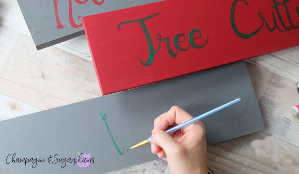 Painting a Personalized DIY Outdoor Christmas Wood Sign Post