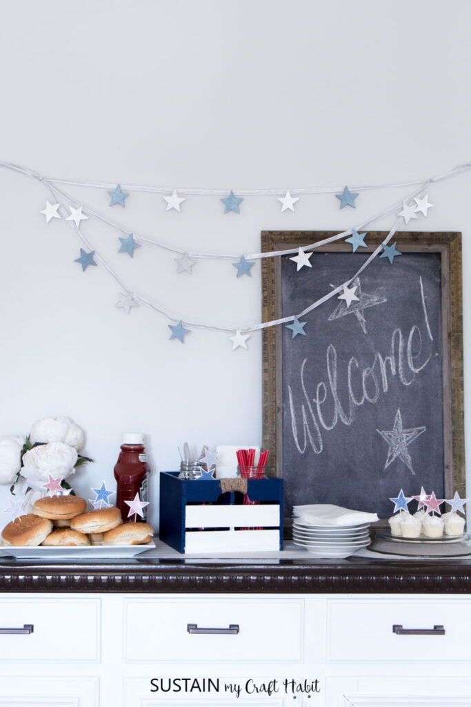 4th of July Decorations: Sparkling Star Decor (with free printable) - Sustain my Craft Habit