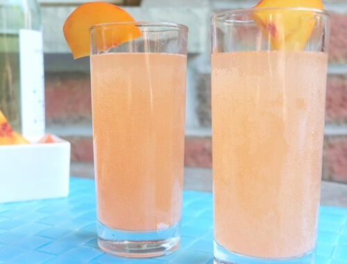 Perfectly Peach Moscato Cocktail Recipe by Champagne and Sugarplums