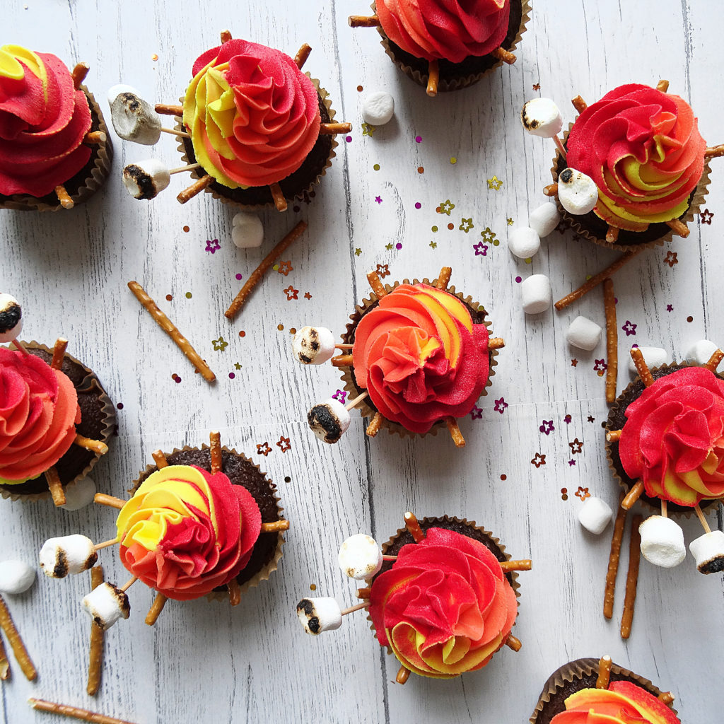 How to Decorate Amazing Campfire Cupcakes - Champagne and Sugarplums