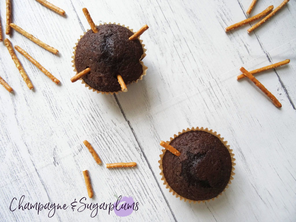 Cupcakes with pretzels by Champagne and Sugarplums