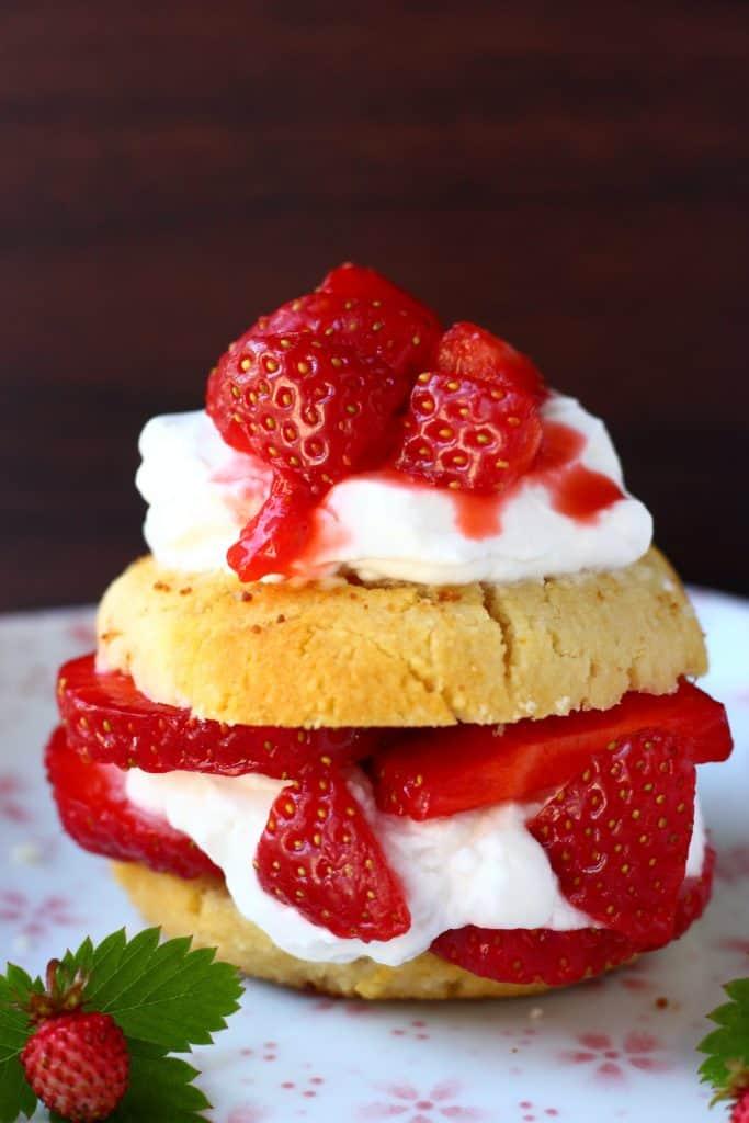 Gluten-Free Vegan Strawberry Shortcake - Rhian's Recipes