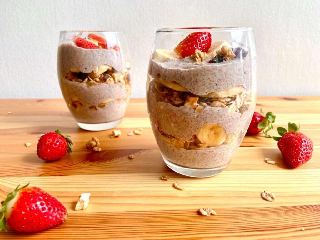 Vegan Parfait Cups - Strawberry Banana Chia Seed Parfait - Yum Vegan