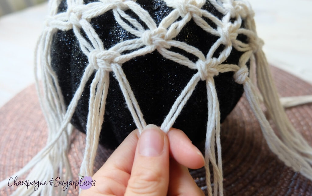 How to Make a Macrame simple knot by Champagne and Sugarplums
