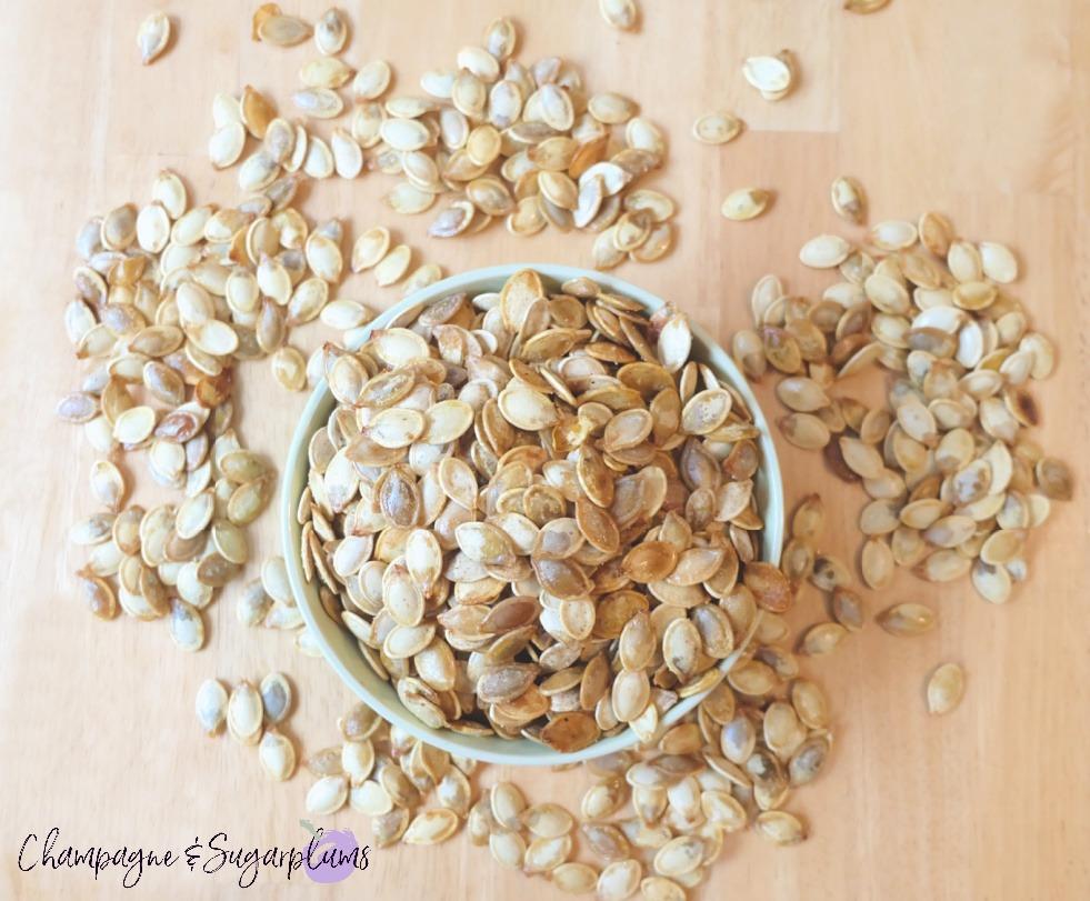 Pumpkin Spice Roasted Pumpkin Seeds