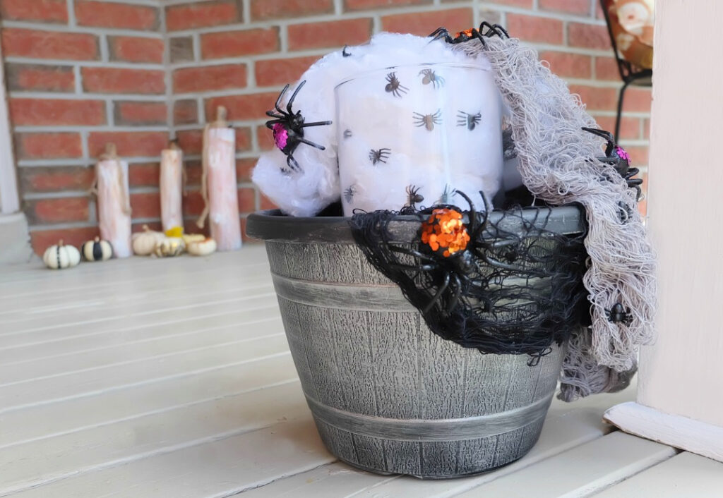 Creepy Spider Planter by Champagne and Sugarplums