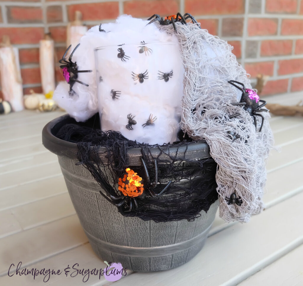 DIY Outdoor Halloween Idea by Champagne and Sugarplums