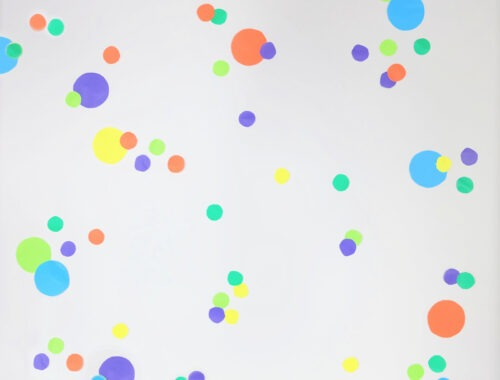 Fun and Easy Confetti Wall Decoration by Champagne and Sugarplums